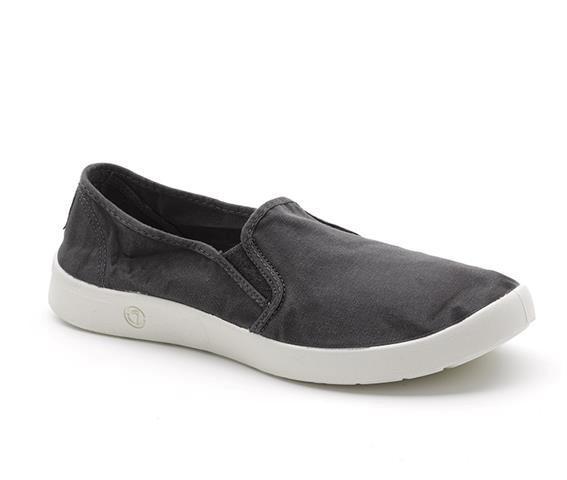 3306601 - Laster GmBH 19. Dezember 2020 Männer, Schuhe, Sneakers