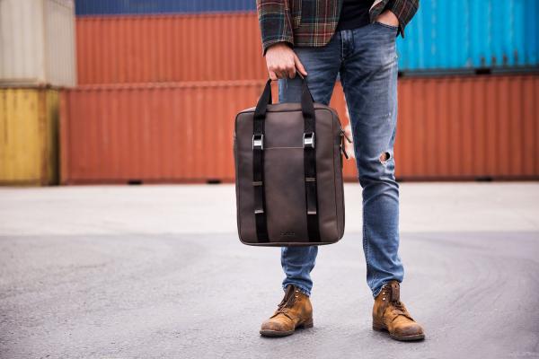 cargo rucksack business - Laster GmBH 19. Dezember 2020 Laptopfach, Leder, Männer, Rucksäcke
